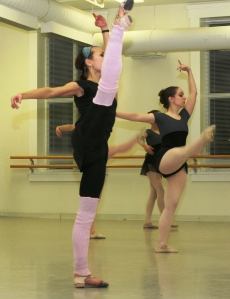 Soloist Svetlana Todinova working with students