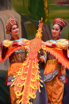 The Chinese Variation Dancers and Firebird Puppet
